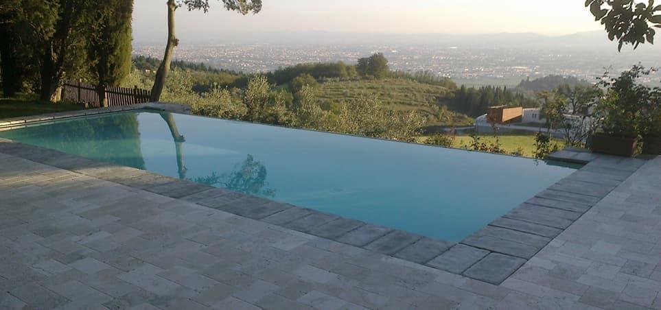 Piscine a sfioro prefabbricate - Quanto costa mantenere una piscina fuori terra ...